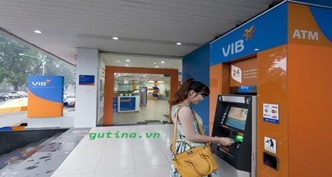 Lưu ý khi rút, chuyển tiền khác ngân hàng qua máy ATM